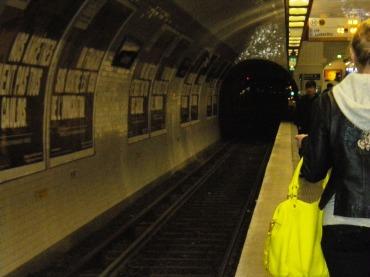 83-metro to rue mouffetard